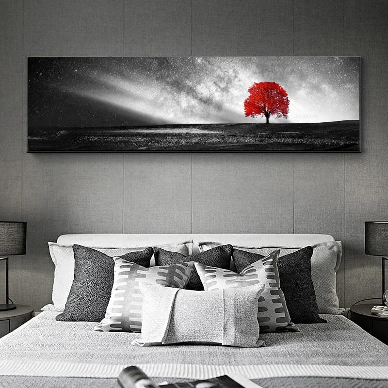 tableau avec arbre rouge